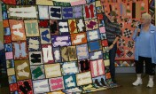 """(Show & Share) Kathy East and her """"Gloves"""" quilt"""