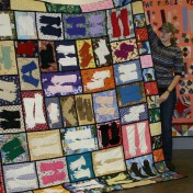 "(Show & Share) Kathy East and her ""Gloves"" quilt"