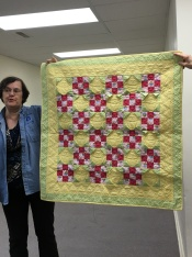 Look at the dimension in Susan Chidester's quilt!